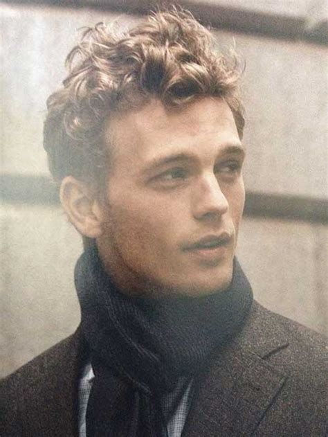 Hairstyles For Hair Guys by 10 Curly Haired Guys Mens Hairstyles 2018