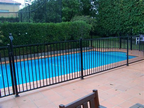 Pool Fencing Melbourne, Glass Pool Fences Melbourne, Pool