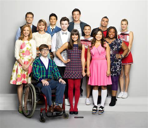Finn And Jake Wallpaper Glee Cast Glee Photo 33054838 Fanpop