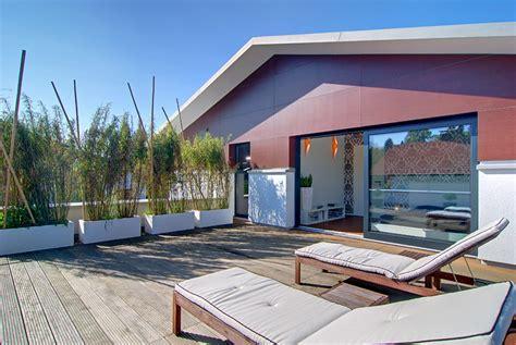 Moderne Häuser Balkon by Kubisches Fertighaus Mit Satteldach Dachterrasse Mit