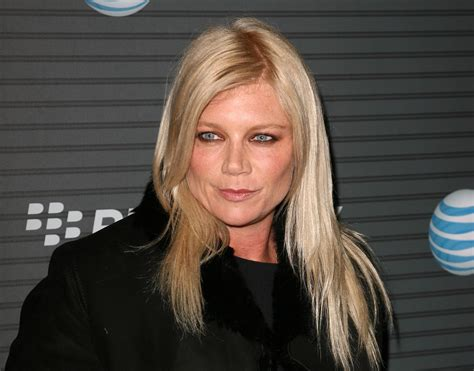 peta wilson wallpapers images  pictures backgrounds