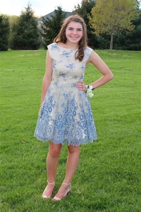 amazing reader prom      teen vogue