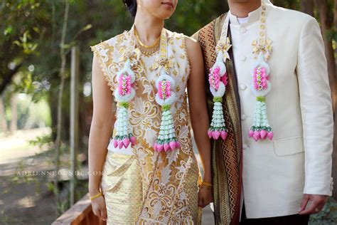 Traditional Thai Clothing For Wedding Ceremony