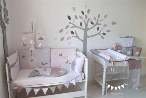 sur commande decoration chambre bebe fille rose poudre