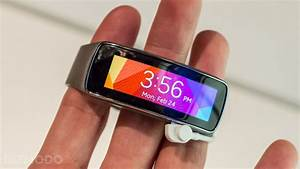 Samsung U0026 39 S Gear Fit Is A Tiny Smartwatch And A Hot Fitness