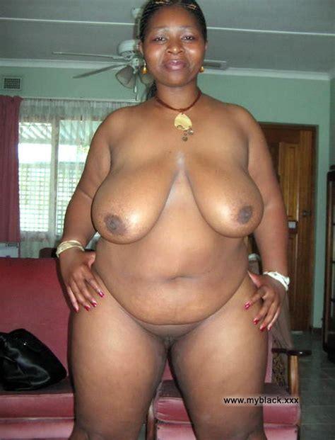 Black Amateurs Naked Funny Ebony Hotties With Naked Asses