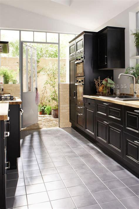 cuisine carrelage blanc carrelage noir cuisine carrelage sol cuisine noir et