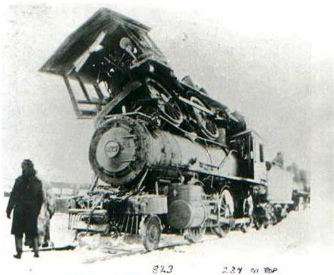 Everybody Looks At Train Wrecks, Only Some