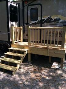 Small Trailer RV Deck with Stairs