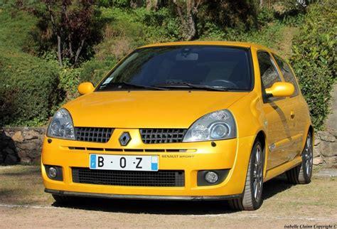 La petite voiture jaune - Inclassable - Forumdephotos.com