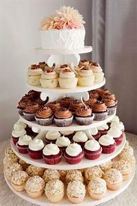 10 tiered alternative wedding cakes Easy Weddings
