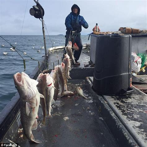 Alaska Fishing Boat Accident 2017 by Boat Captain Saves Crew After Capsizing Off Alaska Coast