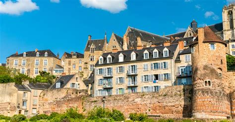 Visit Le Mans, medieval French city and centre of motorsport