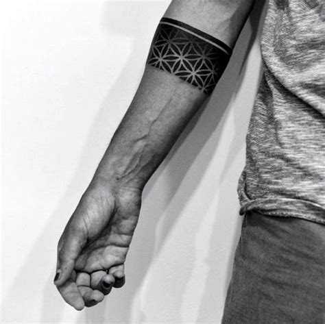 oberarm ring 25 best ideas about armband on band forearm band tattoos and line