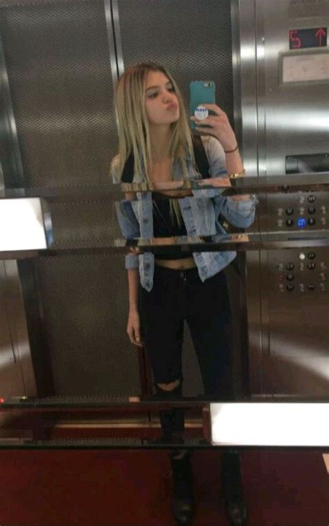 pin  alexis  icons  images alissa violet