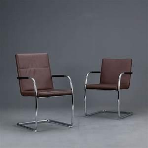 Thonet Freischwinger Leder : thonet s60 s61 v freischwinger bauhaus klassiker stuhl ~ Watch28wear.com Haus und Dekorationen