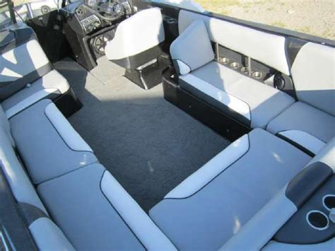 Axis Boats Wa by New Axis Bimini And Speakers Axis Boats