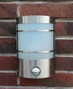 Außenlampe Mit Sensor : ir wand au enleuchte mit bewegungsmelder edelstahl ip44 au enlampe sensor bew rendhed ~ Frokenaadalensverden.com Haus und Dekorationen