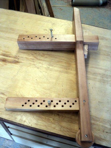 wedge powered leg vice  works woodworking bench