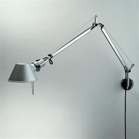 He Importance Of A Good Wall Mount Reading Lamp Warisan