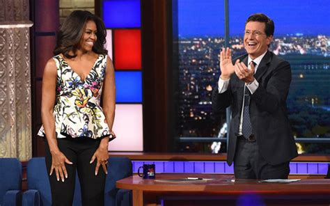 pics michelle obamas cleavage   stunning