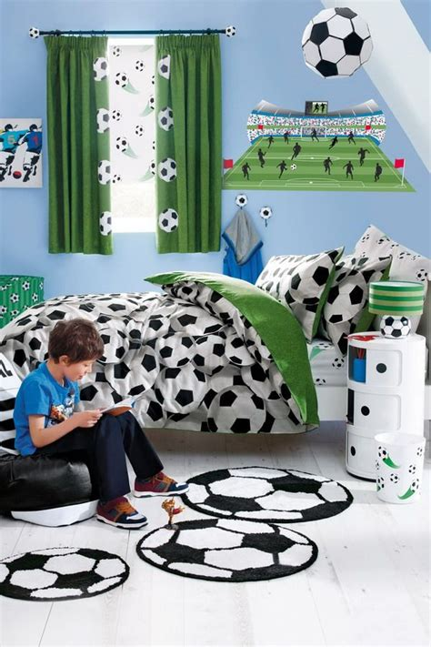 soccer decorations for bedroom 1000 ideas about soccer bedroom on soccer