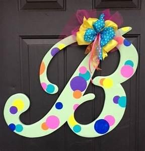 229 wooden letter b quotbubblequot door hanger With letter b door hanger