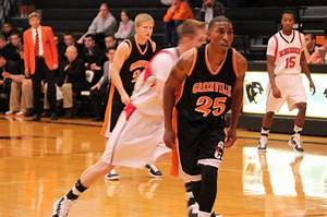 Men's Basketball Controls Hendrix and Rhodes in Weekend ...