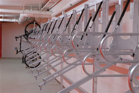 Fahrrad Aufhängen Senkrecht by Fahrradst 228 Nder Fahrradparker Lift Bausysteme Gmbh