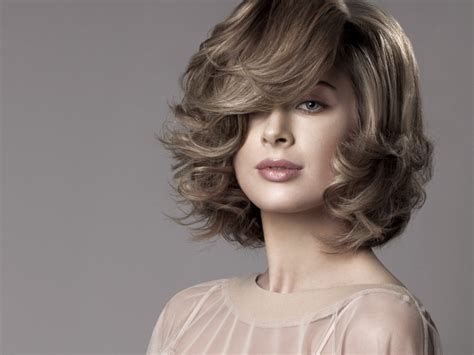 neck length fashion hairstyle