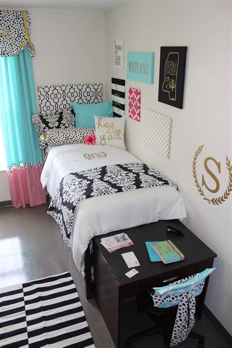 Ole Miss Dorm  Black Gold Tiffany Pink  Decor 2 Ur Door. Cheap Rooms For Rent In Nyc. Decorations For Boy Baby Shower. Decorating Pallets. Hotels With Jacuzzi In Room Orlando