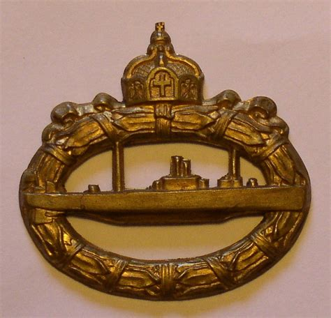 U boat WW1 badge with no pin - is it genuine??