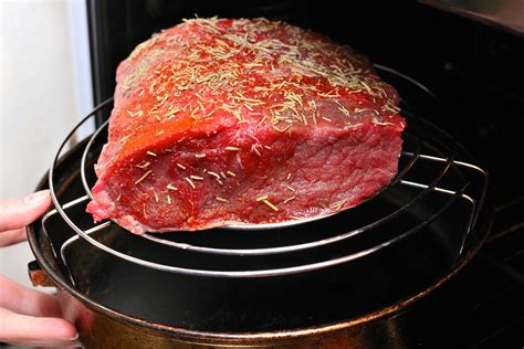 how to cook roast beef how to cook roast beef 13 steps with pictures wikihow