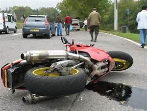 Accident Moto Haute Savoie : haute savoie il percute un sanglier moto ~ Maxctalentgroup.com Avis de Voitures