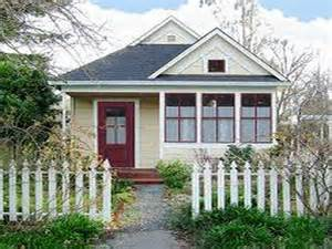 Stunning Images Compact Homes by Beautiful Small House Tips For Decorating A Small House