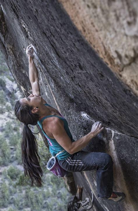 Nina Williams Bouldering In Joes Valley Photo Alex Kahn