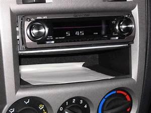 Remove Hyundai Getz Radio
