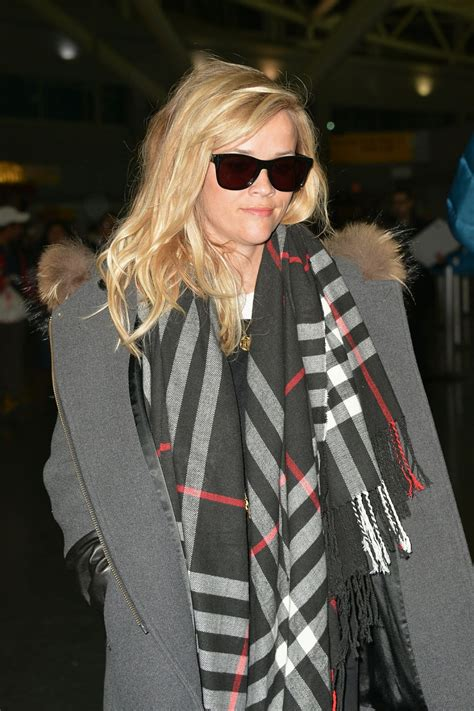Reese Witherspoon - at JFK Airport in NYC, Jan. 2015 ...