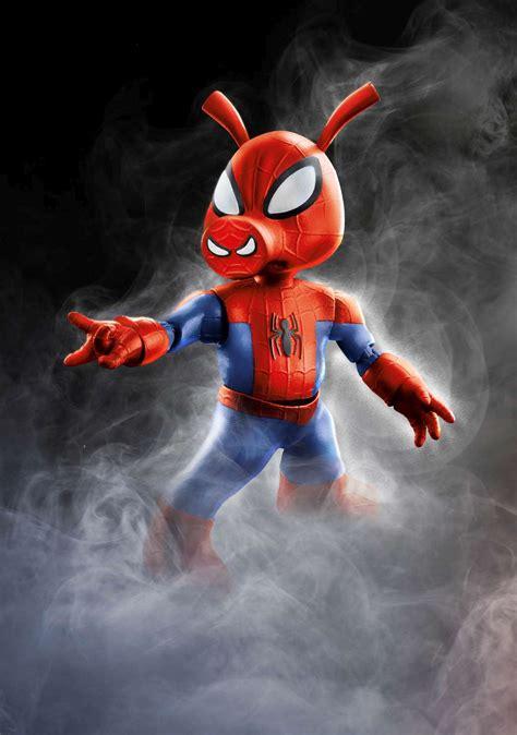 high res hasbro marvel legends reveal  toyfair  ybmw