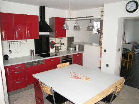 cuisine basalte ilot central cuisine 9 cuisine avec caissons