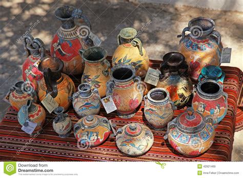 ceramics souvenir shop traditional vases royalty free stock image image 32265626 street souvenir shop with traditional greek pottery editorial stock image image 42921469