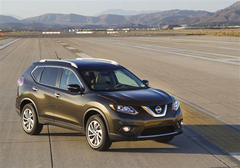 green nissan rogue 2016 2016 nissan rogue hybrid also more efficient gas model
