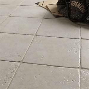 carrelage sol et mur blanc effet pierre toscane l325 x l With conseil pour peindre un mur 7 installer un eclairage en corniche
