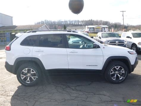 white jeep cherokee 2017 2017 bright white jeep cherokee trailhawk 4x4 118900157
