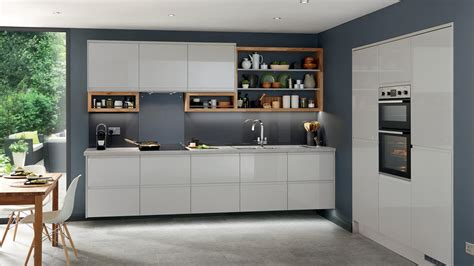 clerkenwell gloss grey kitchen fitted kitchens howdens