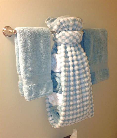 creative ways  display towels  bathroom hand towel