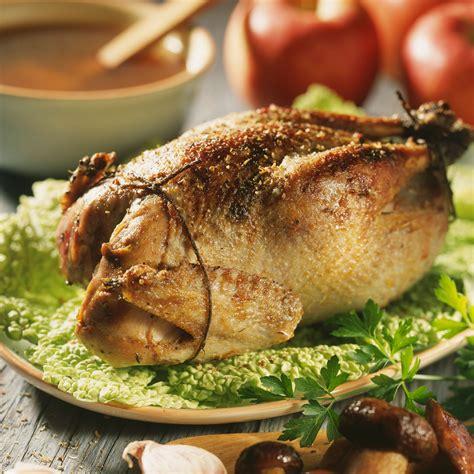 comment cuisiner un faisan au four faisan farci aux cèpes recette sur cuisine actuelle