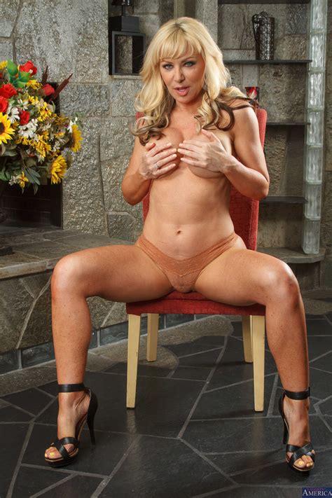 sexy blonde is ready to suck cock photos ryan mclane sasha sean milf fox