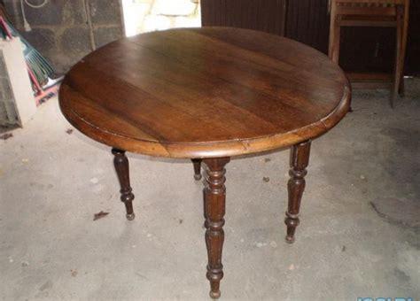 table cuisine ceramique table ronde cuisine clasf