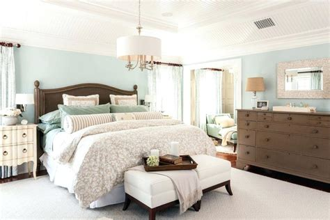 Decorating Ideas For A Peaceful Bedroom by Relaxing Master Bedroom Decorating Ideas Theradmommy